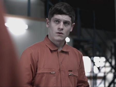 Misfits - Iwan Rheon as Simon