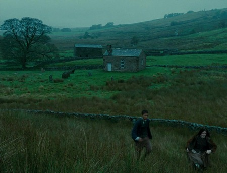 Wuthering.Heights.2011.720p.BluRay.X264-AMIABLE 02285